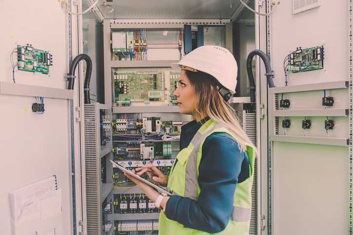 3 Questions to Ask a Commercial Electrician